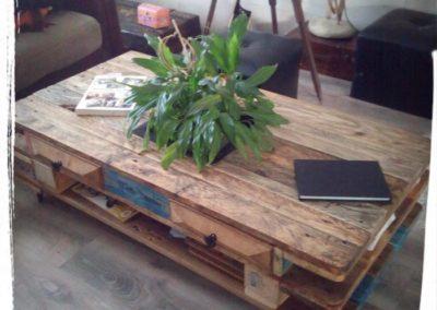 table basse en bois recyclé, vue du dessus