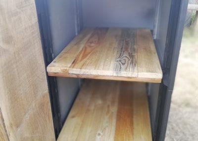 bureau avec armoire, interieur