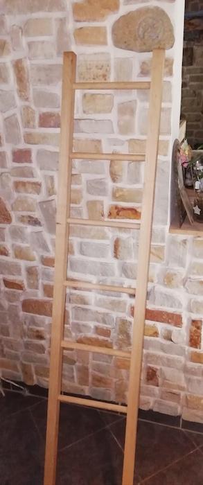 échelle porte serviette