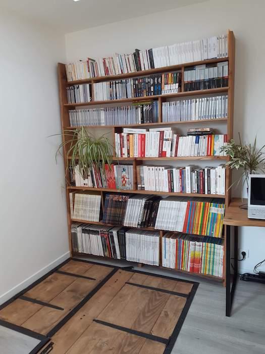 bibliothèque en bois recyclé