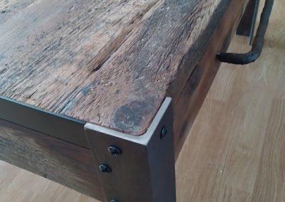 table basse industrielle, détail